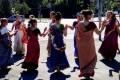 Танцующая процессия