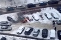 На парковке в 11-м микрорайоне сгорела легковушка